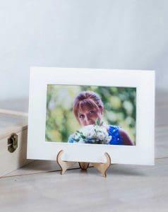 idea regalo: cavalletto port foto e scatola contenitore per foto